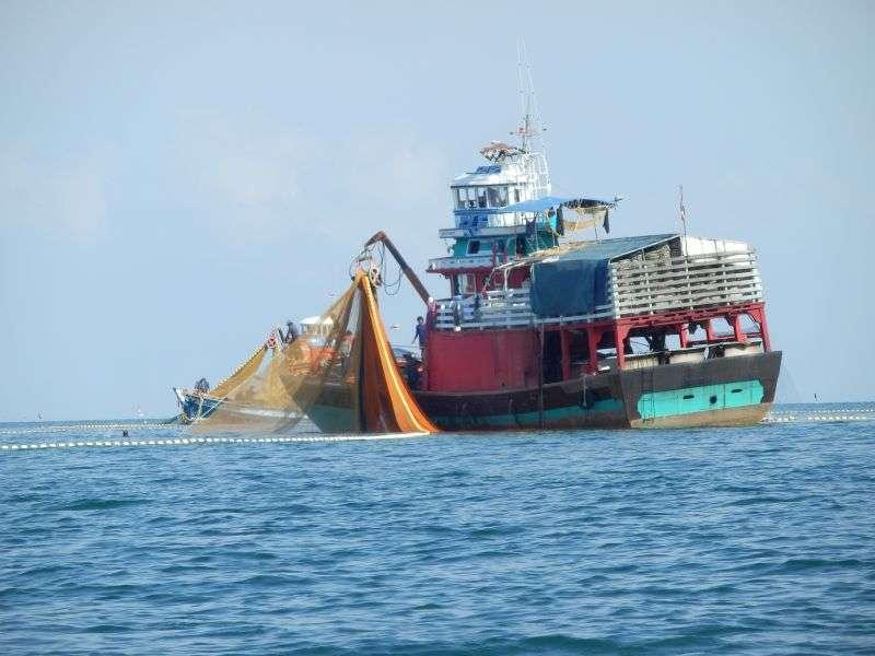 noch ein großes Fischerboot