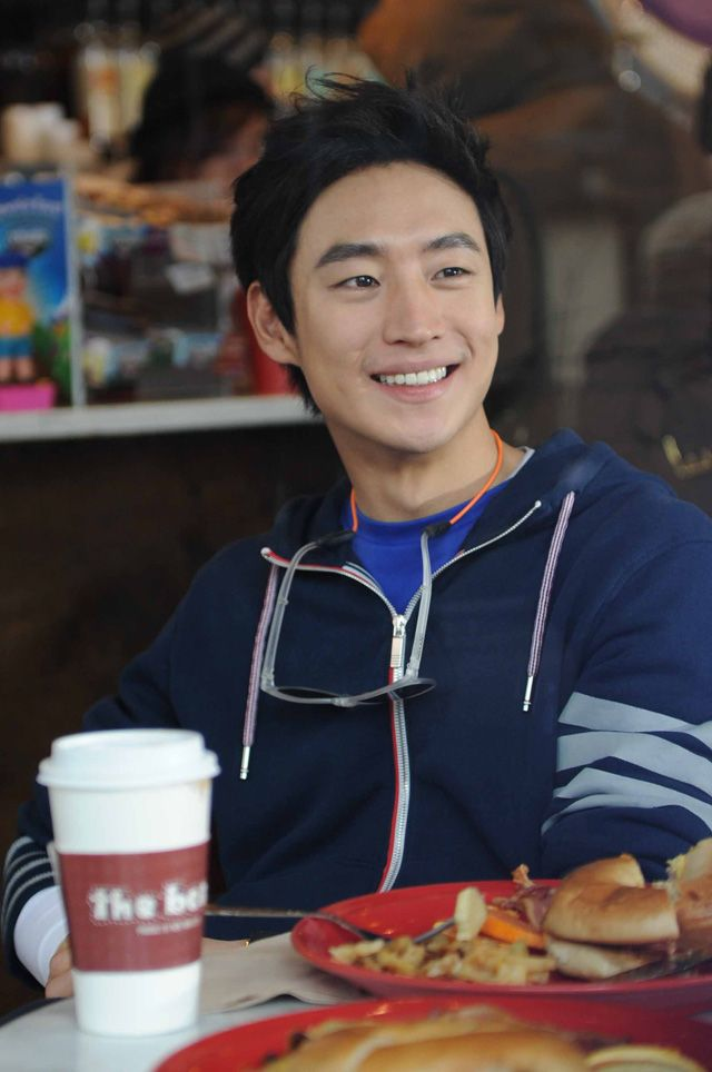 Lee Je Hoon Amp Yuri On The Set Of Fashion King In New